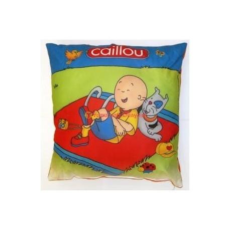 Caillou Yastık